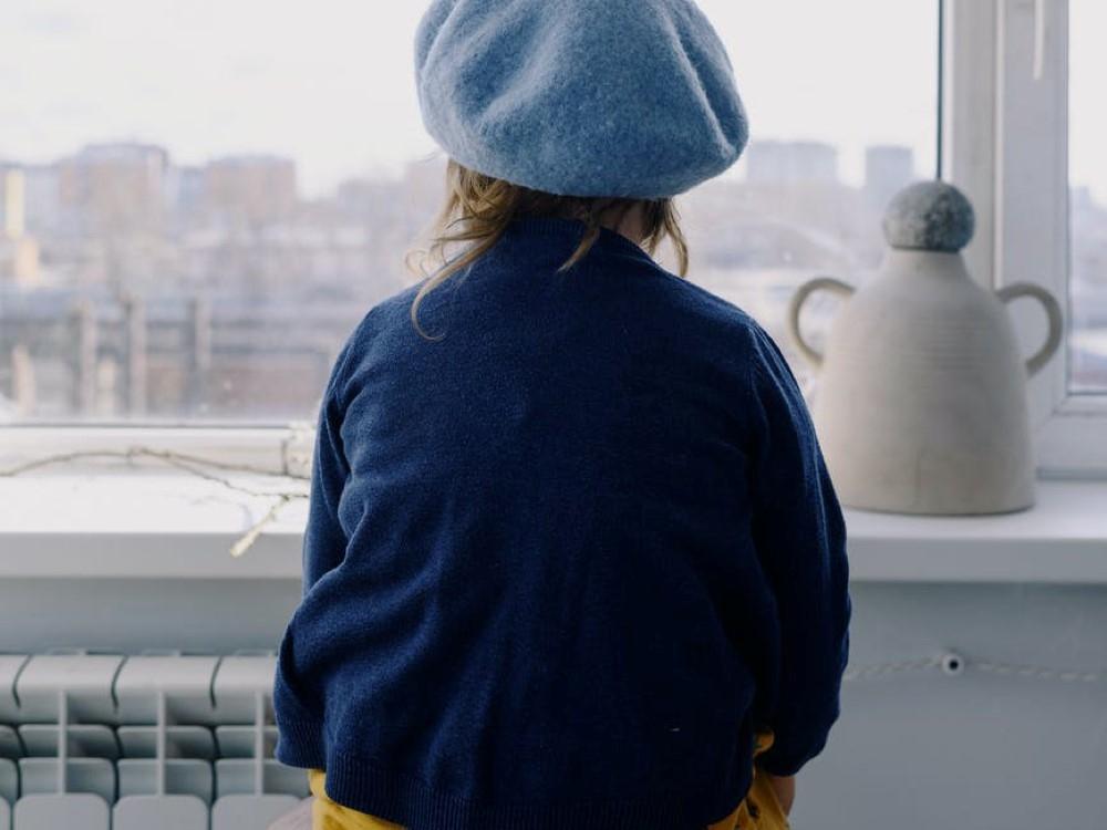 IMažuose bendruomeniniuose globos namuose apsigyvenusi mergaitė: dabar aš gyvenu kaip normalus vaikas