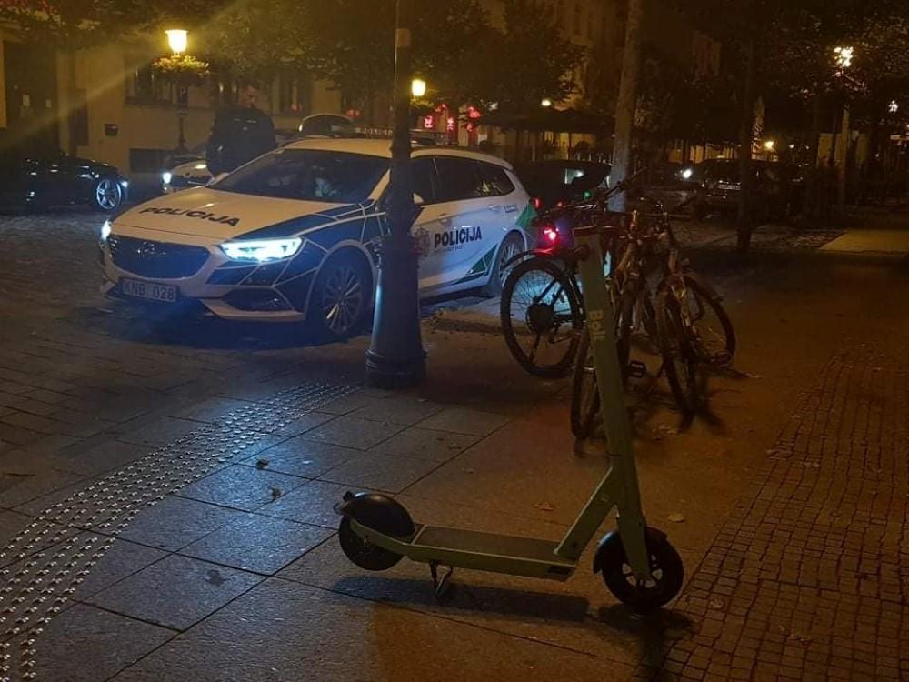 IPareigūnai fiksavo KET pažeidimus paspirtukų ir dviračių vairuotojams