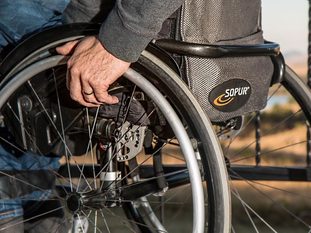 IJudėjimo negalią turintiems žmonėms bus kompensuojama didesnė išlaidų techninės pagalbos priemonėms dalis